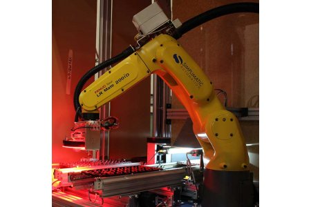 5bf24d79969fbdde02cf6f6e1701806c4c9704fd-simplimatic-visual-inspection-cell-with-robots